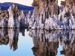 Mono Lake, Eastern Sierra - Route 395, California