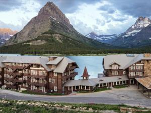 Historic Many Glacier Hotel commands an idyllic setting.