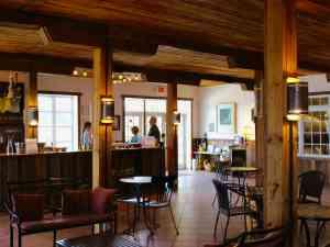Barren Ridge Vineyardsinside the tasting room
