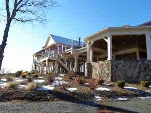 Cana Vineyards Building