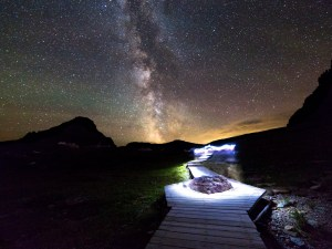 Logan Pass is one of the best places in Glacier for stargazing.