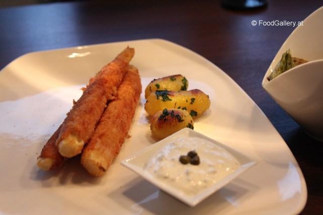 Gebackener-Spargel-mit-Sauce-Tartare-grünem-Salat-–-02