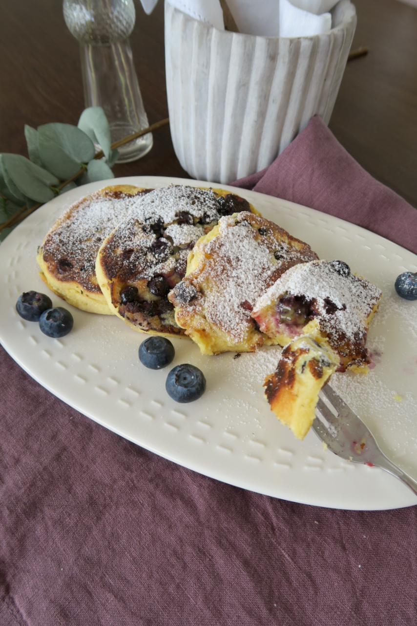 Heidelbeer Pancakes - Heidelbeer Datschi