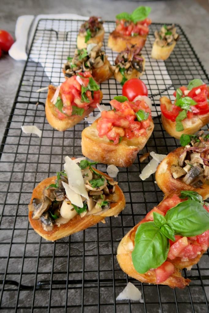 Bruschetta mit Tomaten und Pilzen