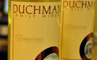 Houston Chronicles does a tasting of Duchman 2010 Vermentino