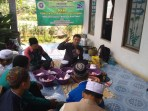 Dosen Fakultas Studi Islam Universitas Islam Kalimantan Muhammad Arsyad Al-Banjari (UNISKA) Banjarmasin mengadakan pelatihan pembuatan krupuk Ikan patin di Pondok Pesantren Nurul Hidayah Desa Sungai Salai Kecamatan Candi Laras Utara Kabupaten Tapin
