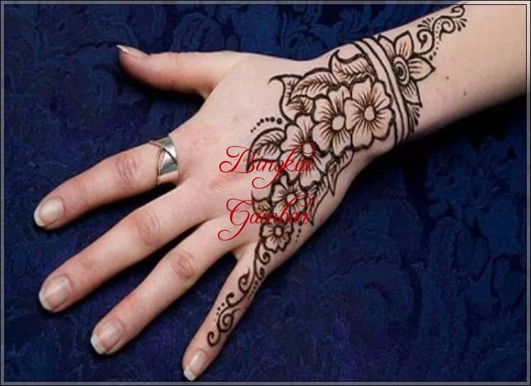Contoh Gambar Henna Tangan Simple