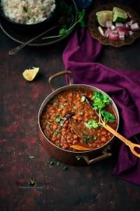 Punjabi Chana Masala (Chickpeas Curry)