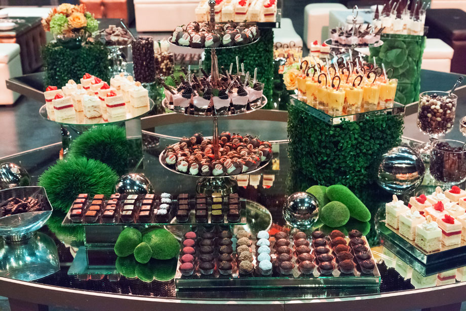 Mesas de Postres Chocolates Finos Mesa de Chocolates Chocolates para regalo