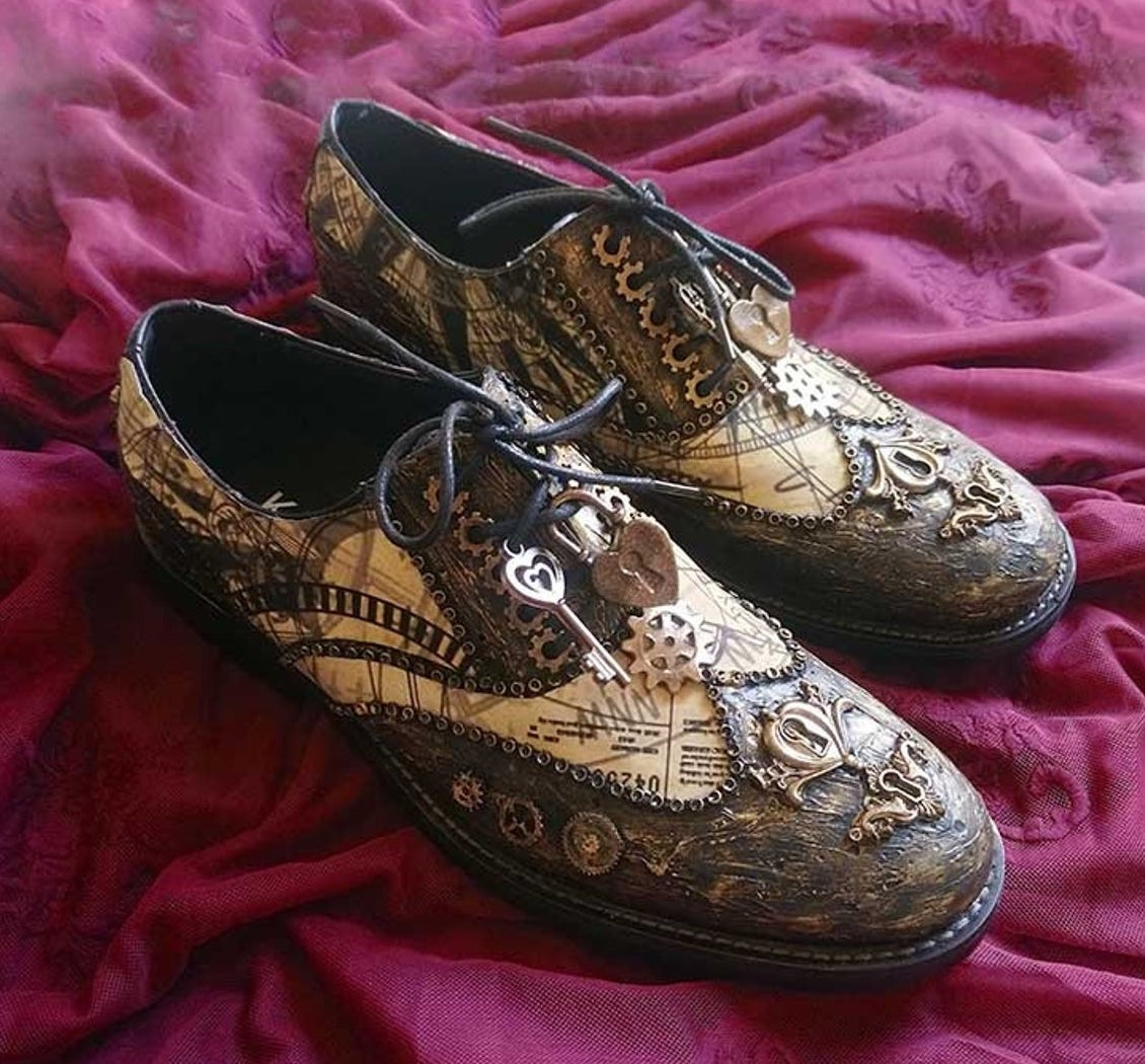 Men's Steampunk Brogue Shoes with Old Map Print. Pastel DreamShoes's.