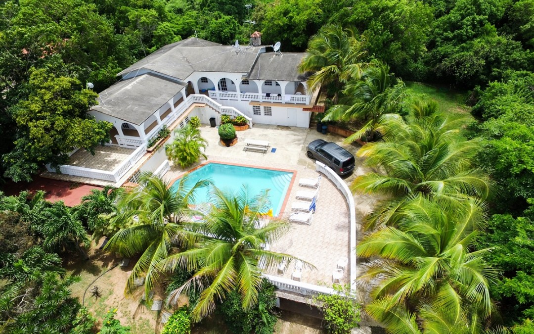 Vieques – pool – Studios for 2 Or House up to 21!
