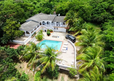Vieques – pool – Studios Or House up to 21! = ($30 person/night if u are 20)
