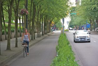 Eco-Friendly Cities: Biking Your Way Around Town