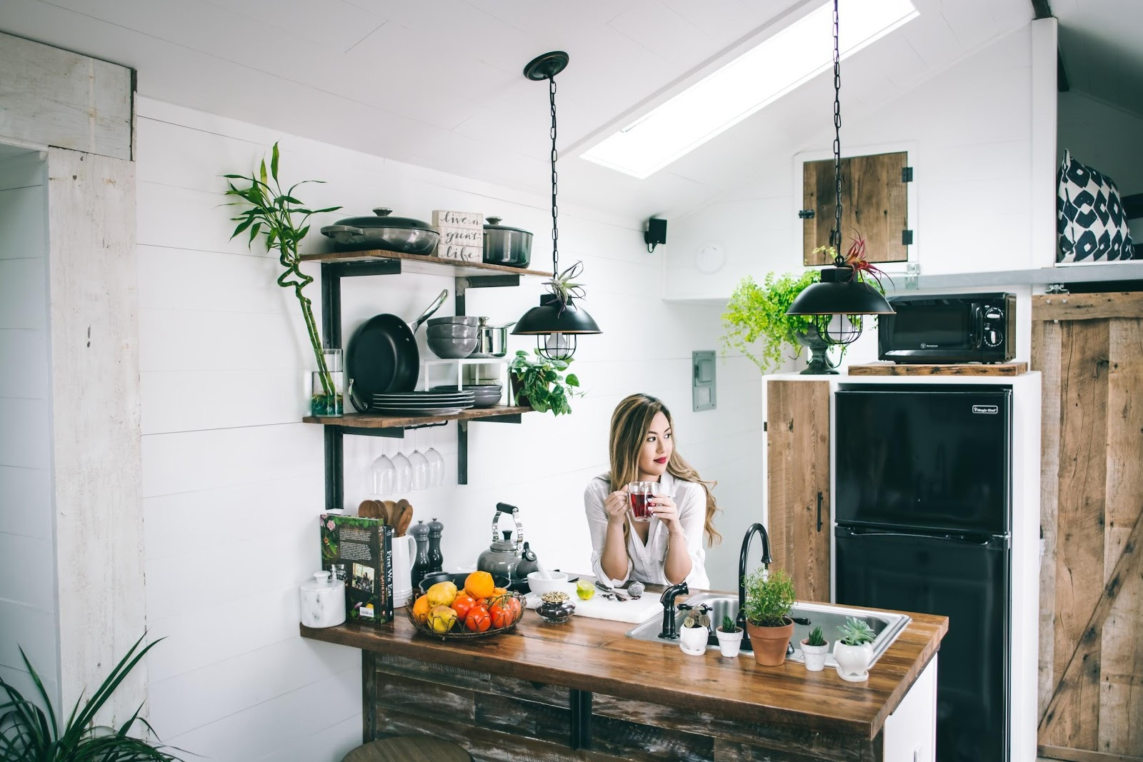 green kitchen decor