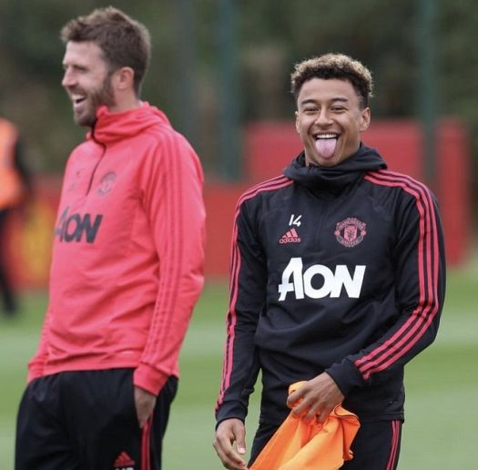 Jesse-Lingard-at-training - Bio gossipy