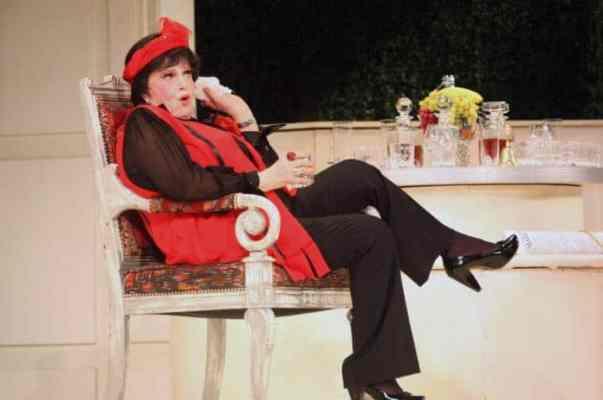 Элина Быстрицкая в театре