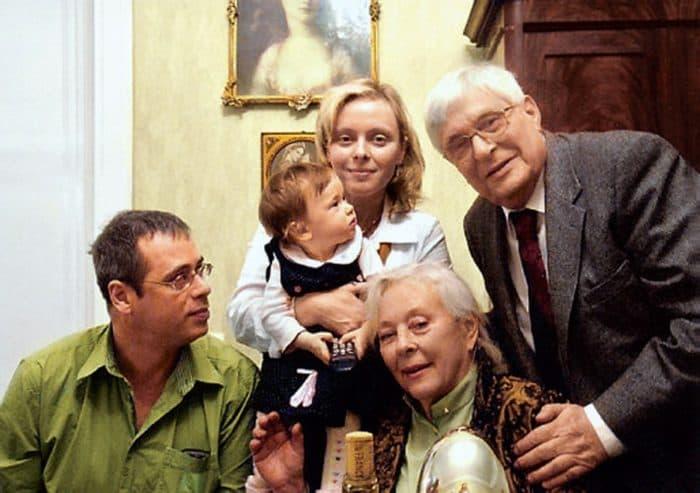 Олег Басилашвили - биография, личная жизнь, фото актера