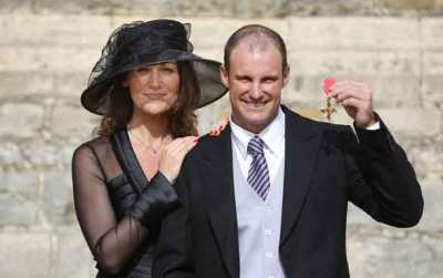Andrew-Strauss-Wife