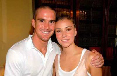 Kevin-Pietersen-Wife