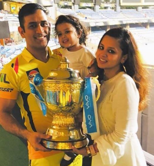 Dhoni with family