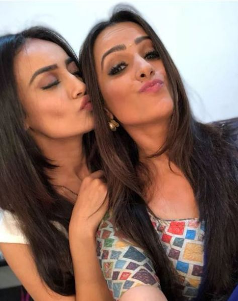 Surbhi Jyoti with Friend