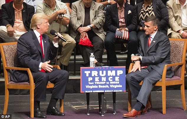 Michael Flynn with President Donald Trump in his presidential campaign.