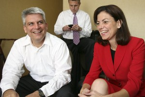 Kelly Ayotte is married to husband Joseph Daley