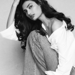 Athiya Shetty Biography, Age, Height, Weight, Family, Education, Boyfriend & More