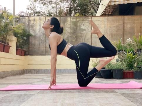 Sonal Chauhan Yoga