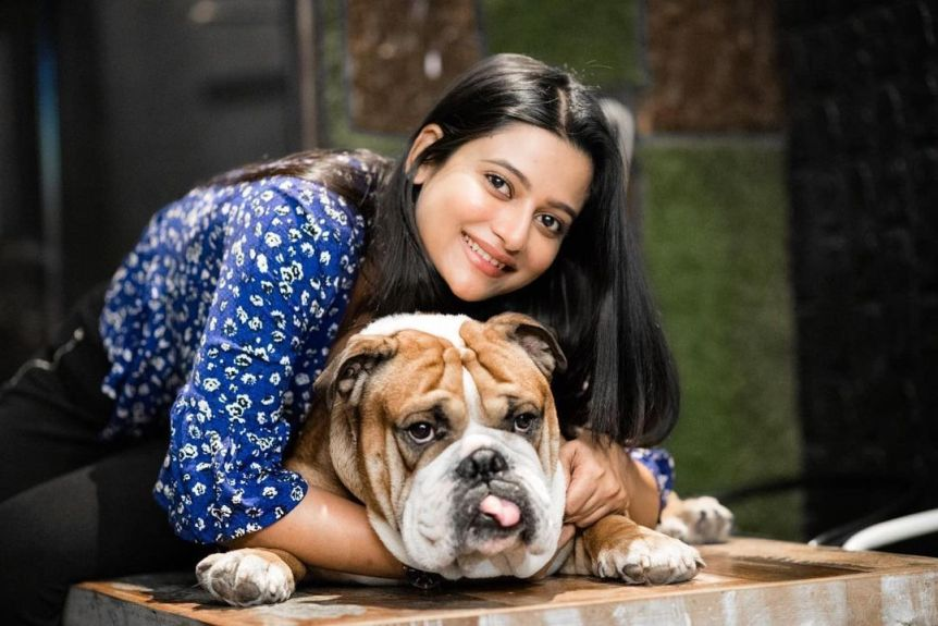 ushasi ray with dog