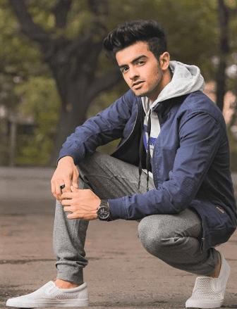 Sanket Mehta Biography