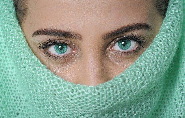 Hal Penting untuk Diketahui Sebelum Operasi Kelopak Mata