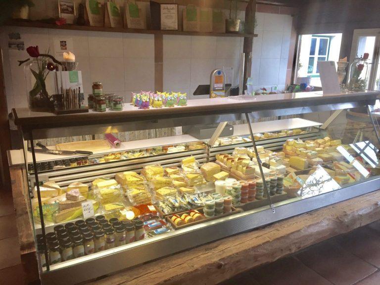 Käsetheke am Fürstenhof (C) Danner