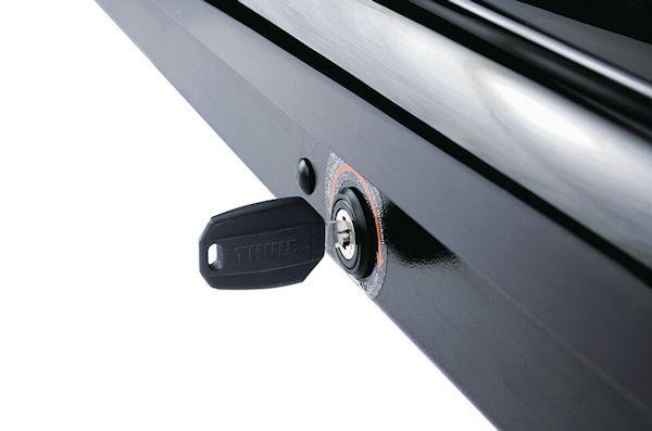 Thule Motion XL (800) crna metalik krovna kutija