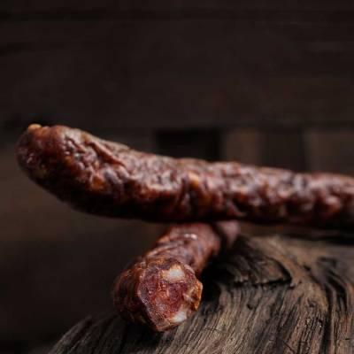 droge biologische rundvleesworstjes van Black Angus uit Natuurgebieden in Nederland