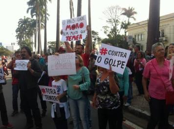 Frente Brasil Popular marcando presença e lembrando: é golpe!