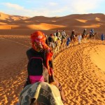 Comment découvrir le désert du Sahara à Merzouga au Maroc et y dormir une nuit ?