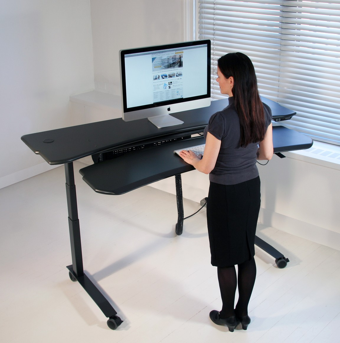 Standing Desk Chairs Dual Surface Flexo Level3 Standing Desk With Motorized Or