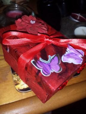 Gift box decoupage for Richard's Mum