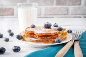 pancakes protéinées à la banane et aux flocons d'avoine