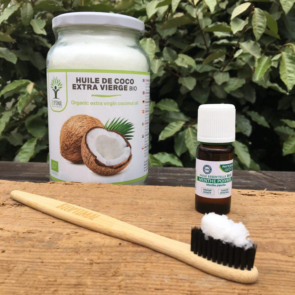 Dentifrice maison à l'huile de coco