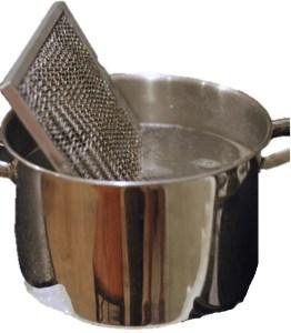 1-47-nettoyage-des-filtres-de-ventilation-du-four