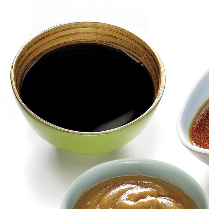 1.183 Taches de sauce asiatique sur du cuir