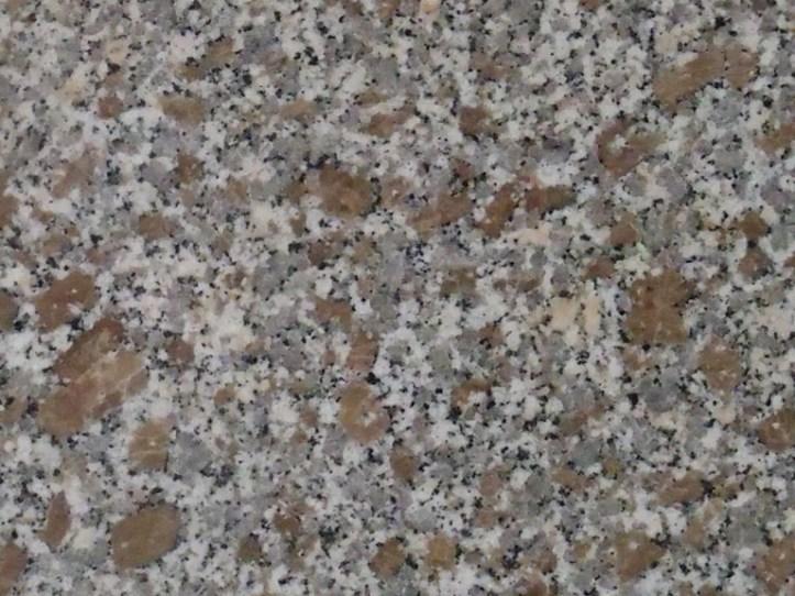 1.277 Retirer une tache d'huile mécanique sur du granit.jpg