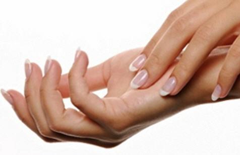 1.387 Retirer une tache de résine sur de la peau