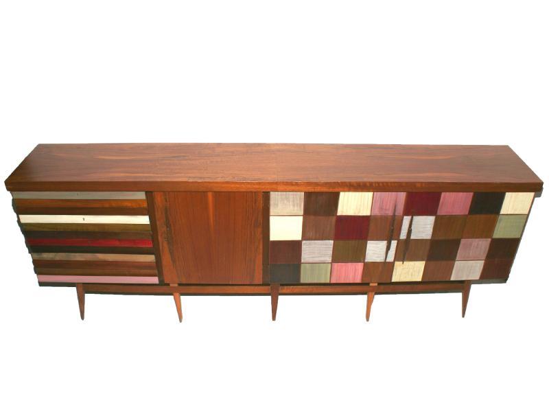 1.798 Enlever les taches sur un meuble en bois laqué.jpg