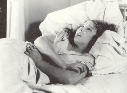 Bessie Love in Human Wreckage