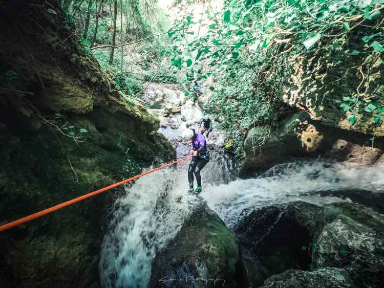 pack aventure vercors biosphere canyoning