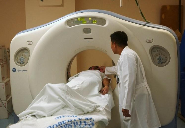 Analiza badań przeprowadzonych w 2007 roku wykazała, że tomografia komputerowa głowy wykryła zmiany nowotworowe tylko w 0.4% wszystkich nowotworów.