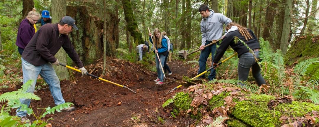 volunteer_trailsworkparty_0214_2